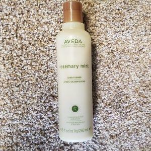 Aveda rosemery mint shampoo